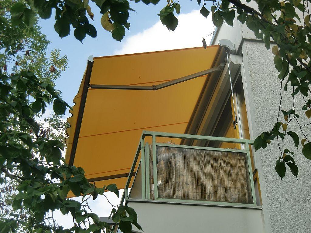 markise neuer stoff kosten with markise neuer stoff. Black Bedroom Furniture Sets. Home Design Ideas